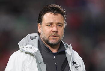 Russell Crowe just isn't Miserable