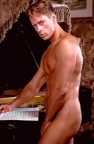 He's hot - Rocco Siffredi